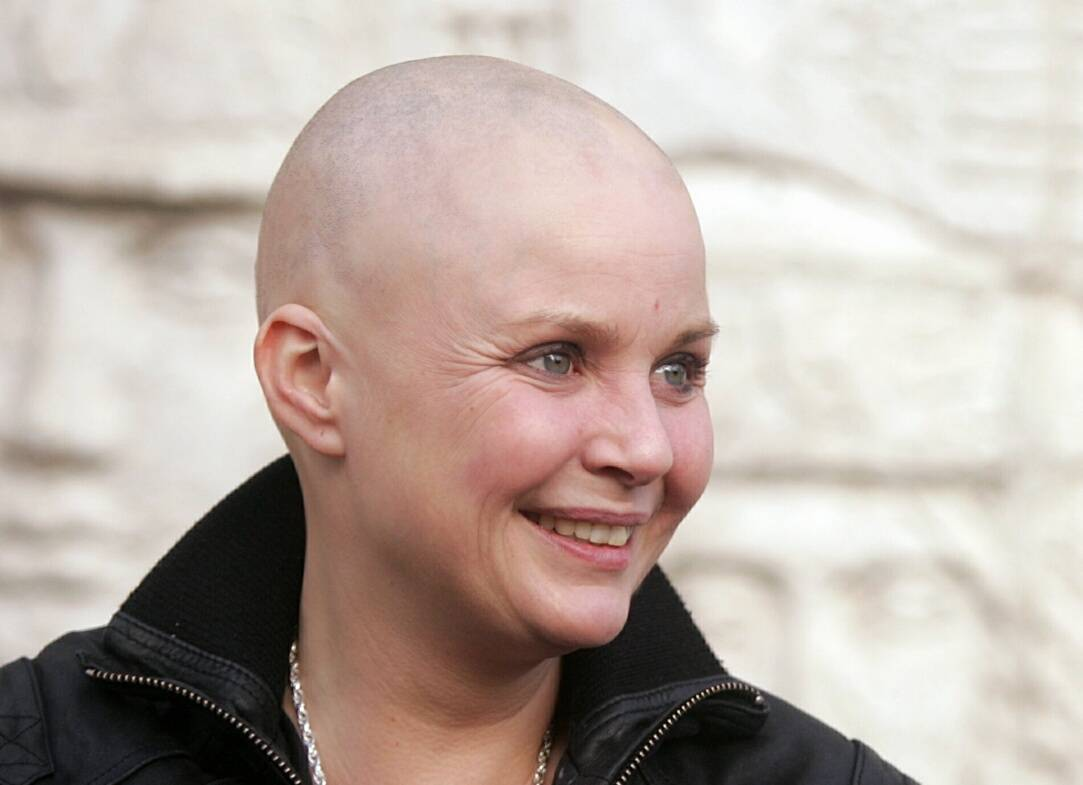 Gail Porter 'Signs Up' - Celebrity Big Brother Summer 2015 ...