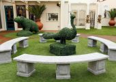 Celebrity_Big_Brother_2014_-_CBB13_-_House_-_Garden_-_Hedge_Sculpture.jpg
