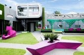 Gogglebox_pad_in_garden_-_Big-Brother-Power-Trip-House_2014_hq.jpg