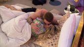 Bianca_and_Jamie_kissing.jpg