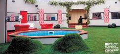 BB7-house-pool.jpg